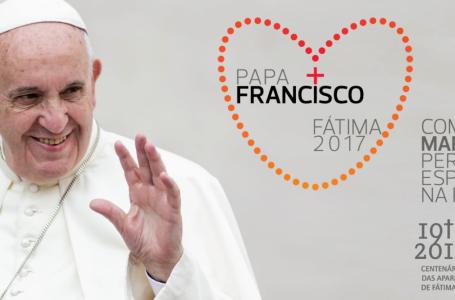 Pápež František: Syn pod milujúcim Máriiným pohľadom