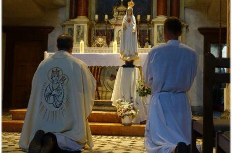 Cez Máriu s Petrom ku Kristovi