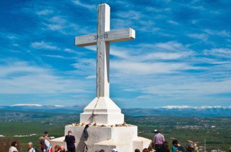 Modlitba pred krížom (Slavko Barbarić OFM)