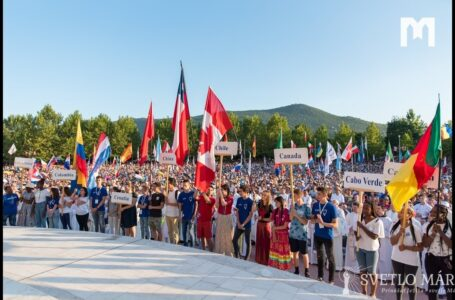 Predstavovanie krajín. Otvorenie Festivalu mladých v Medžugorí 01.08.2019