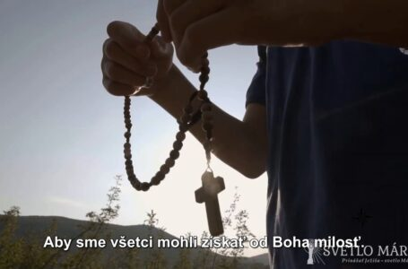 Modlitba ruženca – päť kameňov z Medžugoria