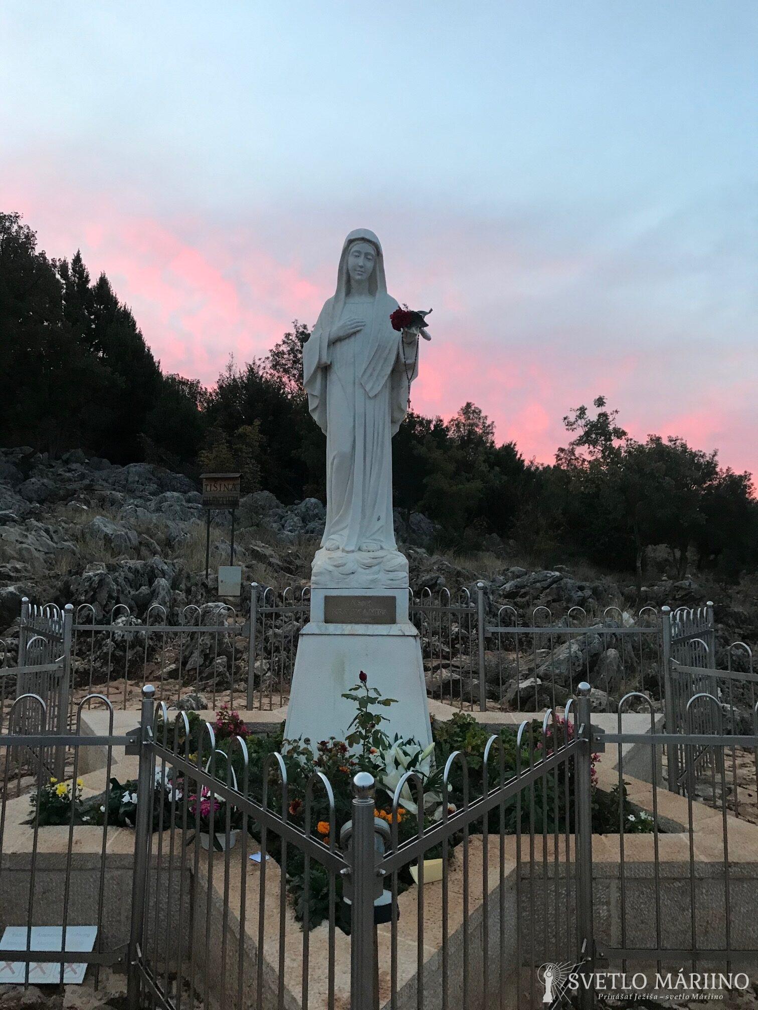 Posolstvo Panny Márie, Kráľovnej pokoja, 25. októbra 2020, cez vizionárku Mariju Lunettiovú